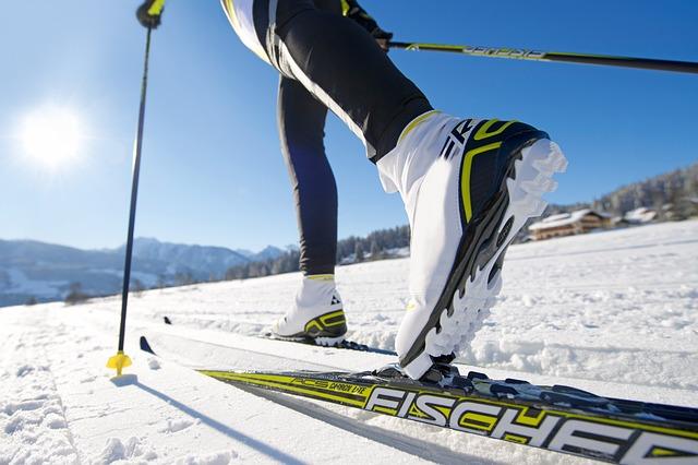 cross-country-skiing-624246_640 (1)