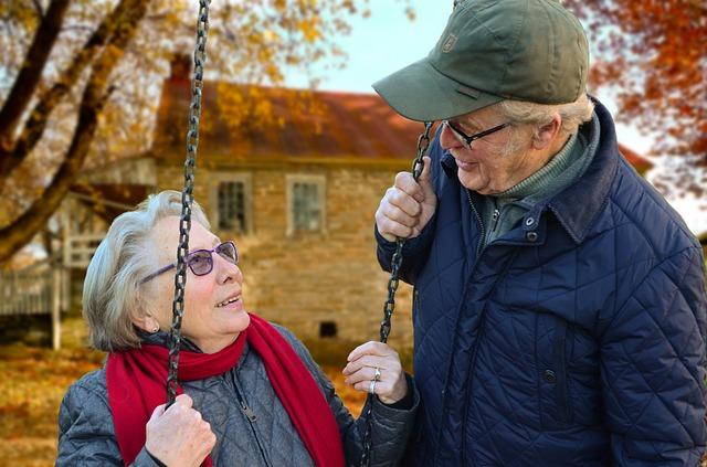 Tilastokeskuksen arvion mukaan vastasyntynyt tyttö voi elää jo keskimäärin 91,1 vuotiaaksi, poika 87,3-vuotiaaksi.