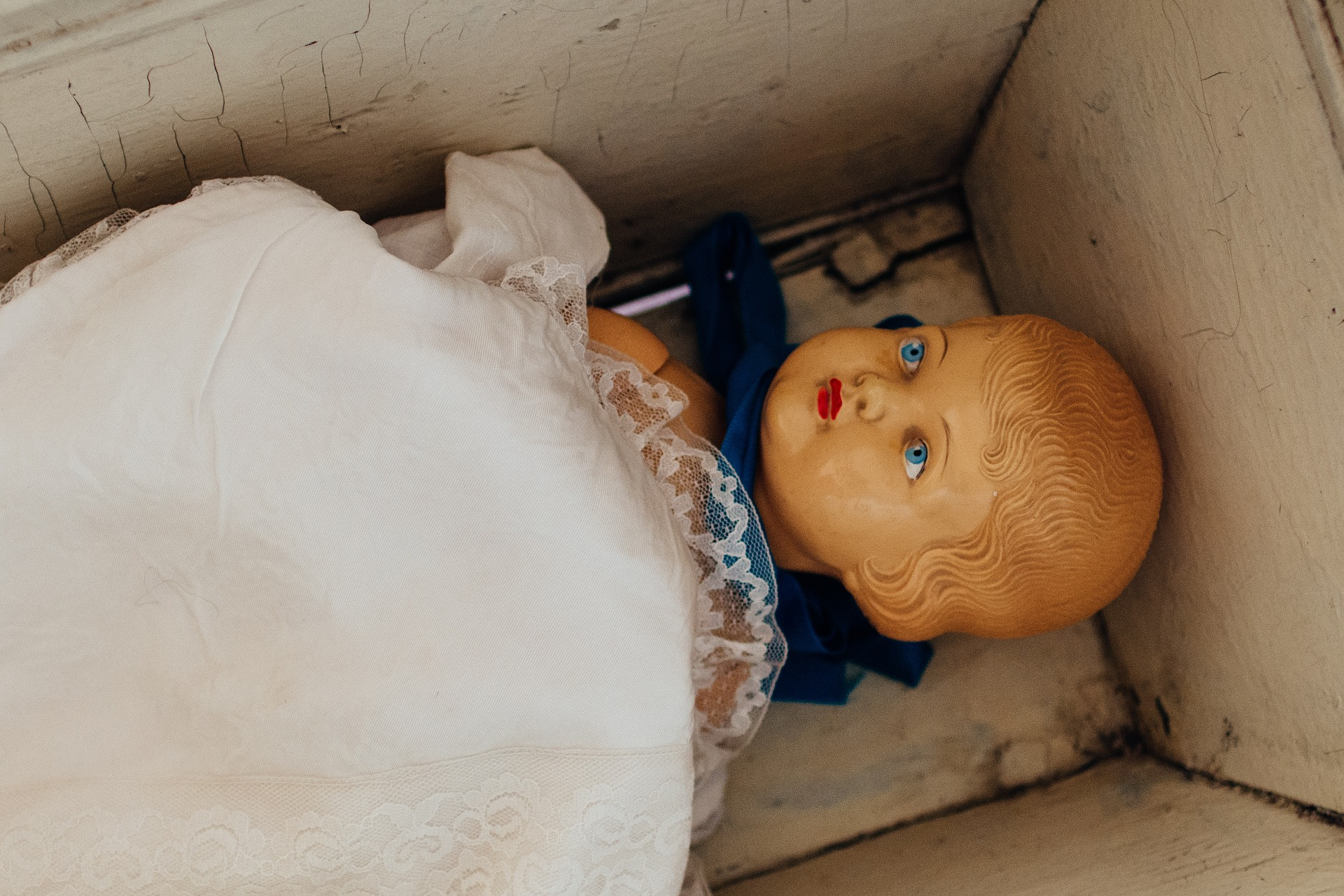 baby-doll-1209890_1920-2