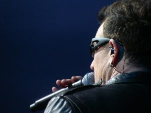 Bono on ensimmäistä kertaa ehdolla vuoden naiseksi.