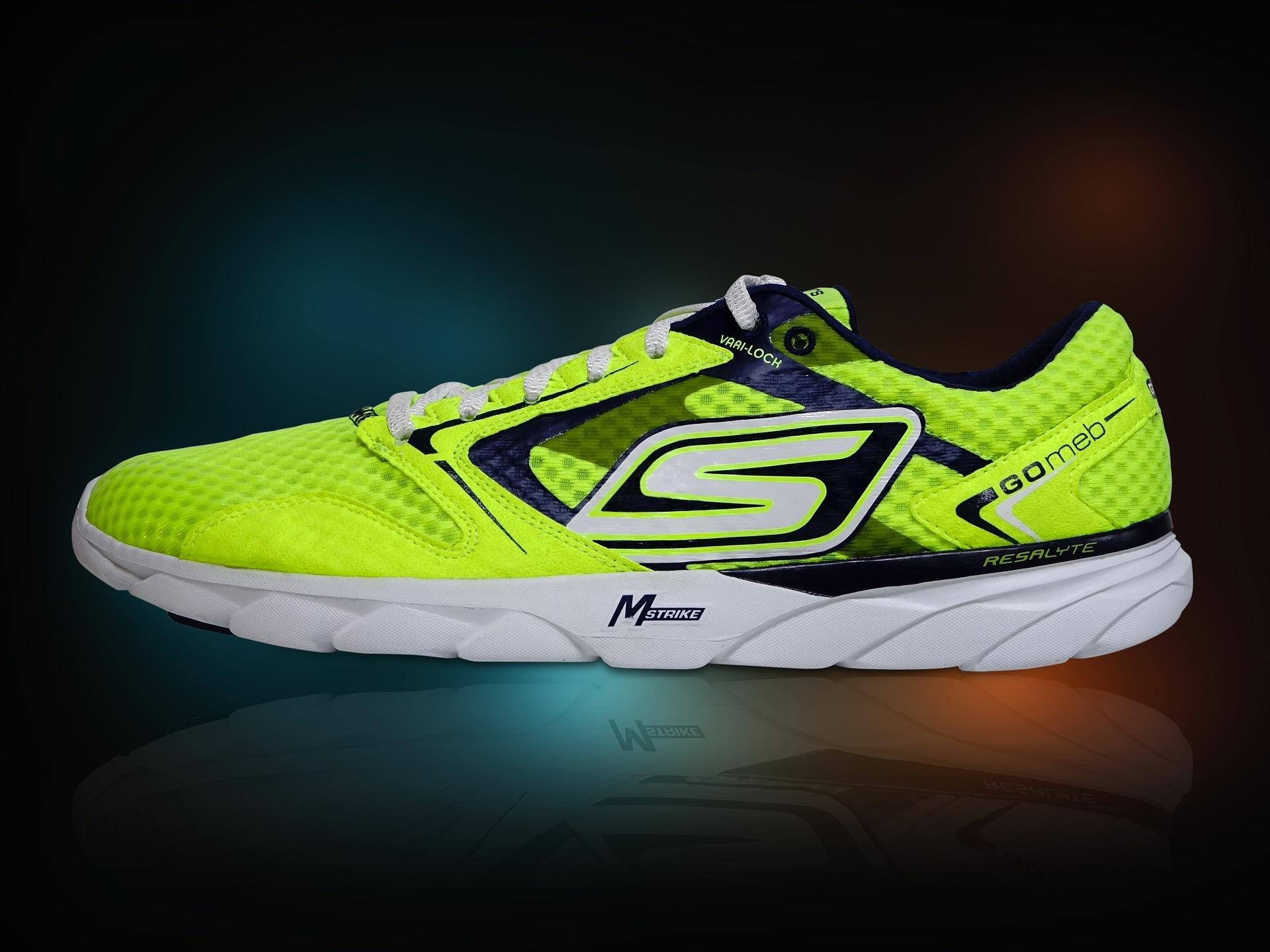 running-shoe-423164_1920