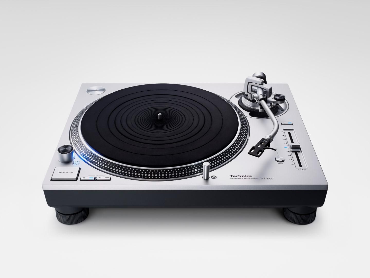 Feature-Technics_SL-1200GR