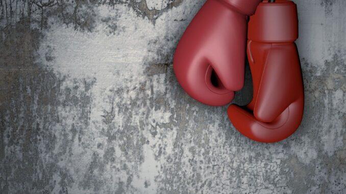Elinga Gustafsson ripustaa nyrkkeilyhanskansa naulaan. Kuvituskuva. Kuva: Pixabay.